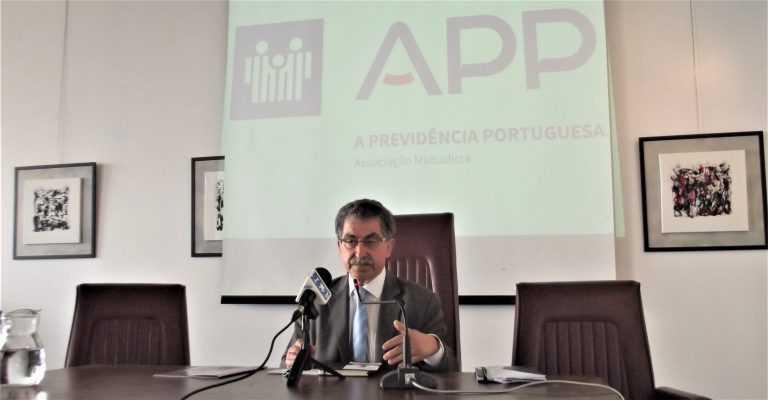 Jornal Campeão: A Previdência Portuguesa lança Centro de Explicações