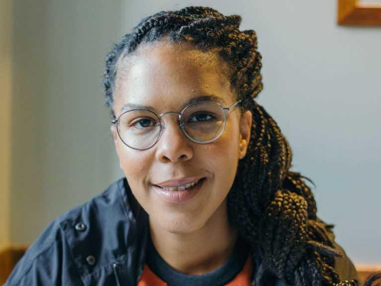 Jornal Campeão: Djaimilia Pereira de Almeida vence Prémio Literário Inês de Castro