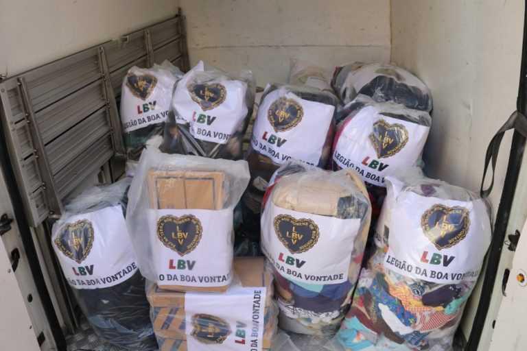 Jornal Campeão: LBV entregou doações para Moçambique