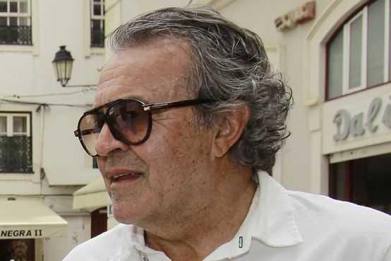 Jornal Campeão: Académica: Morreu Vítor Campos