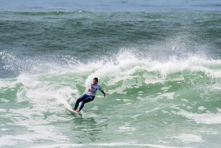 Jornal Campeão: Segunda etapa do campeonato nacional de surf começa amanhã na Figueira da Foz