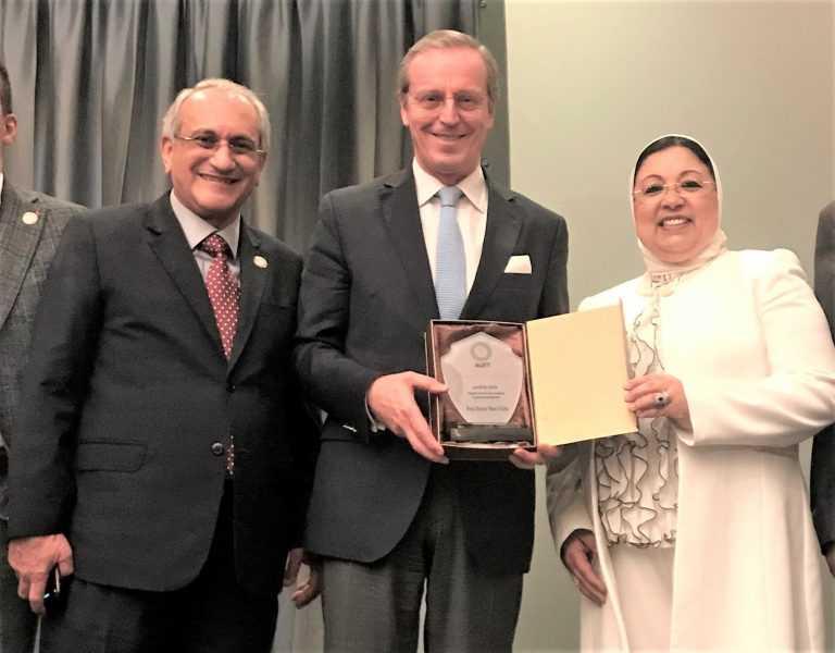 Jornal Campeão: Duarte Nuno Vieira recebe distinção da União Árabe de Ciências Forenses