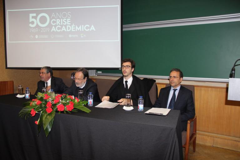 """Jornal Campeão: Reitor da UC: """"Crise académica"""" de 1969 deu início ao 25 de Abril"""