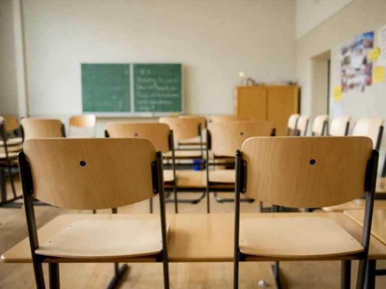 Jornal Campeão: Governo anuncia dia 30 calendário para aulas presenciais nos 11.º e 12.º anos