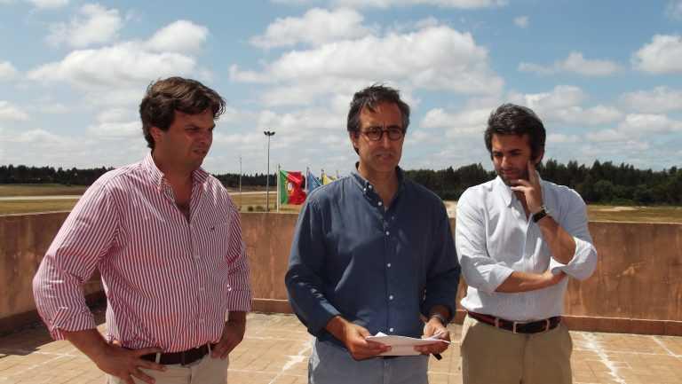 Jornal Campeão: NAV encerra aeródromo e PSD acusa Machado de mentir