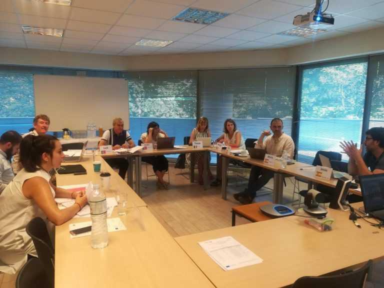 Jornal Campeão: CEARTE com projecto europeu para formação à distância