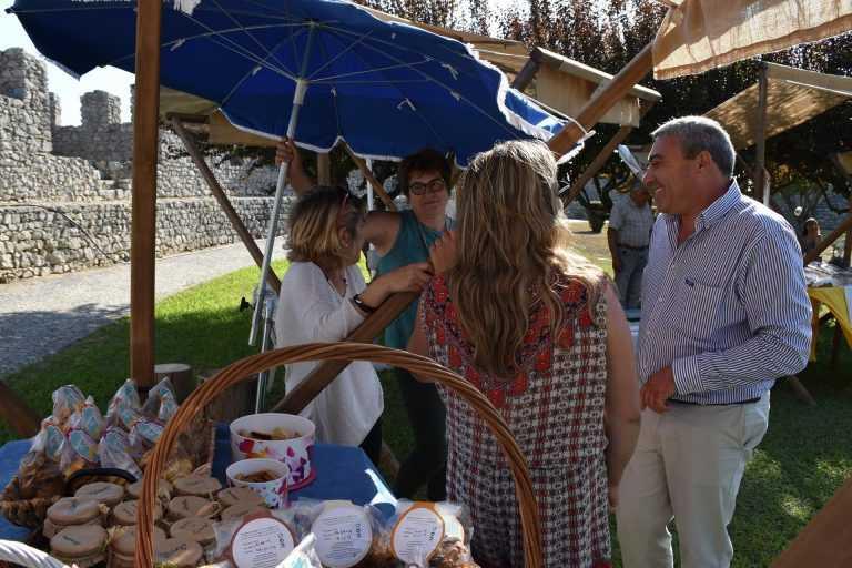 Jornal Campeão: Castelo de Montemor anima-se com tradições e produtos endógenos