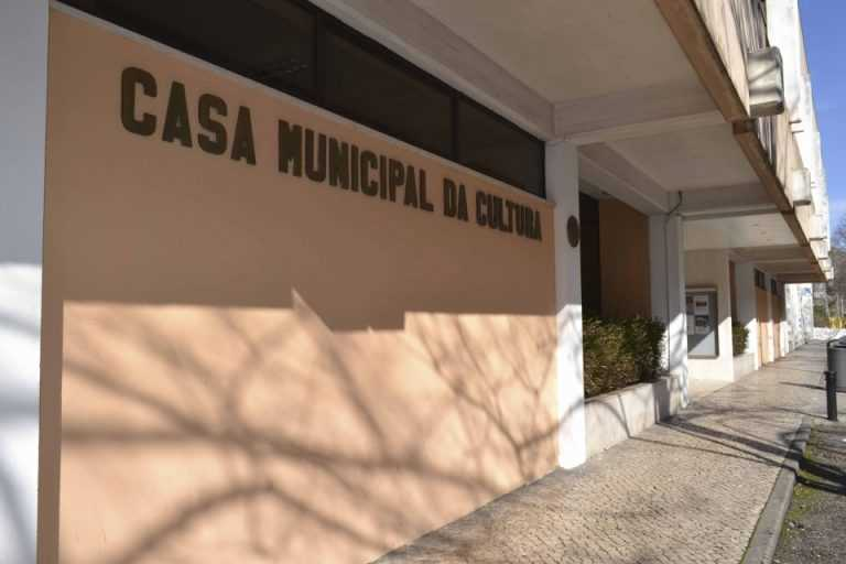 """Jornal Campeão: """"Kassandra"""" sobe ao palco do teatro-estúdio da cooperativa Bonifrates"""