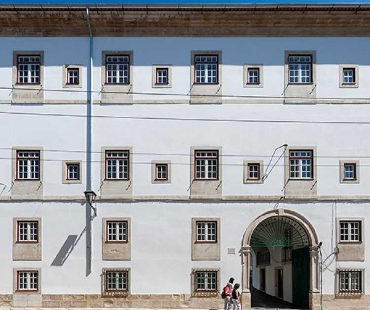 Jornal Campeão: Centro de Documentação 25 de Abril da UC assinala data com exposição virtual