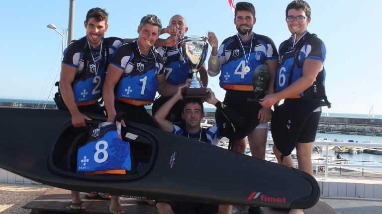 Jornal Campeão: Clube Fluvial de Coimbra vence Taça de Portugal de Kayak Polo