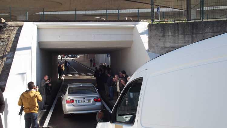 Carros túnel Choupal