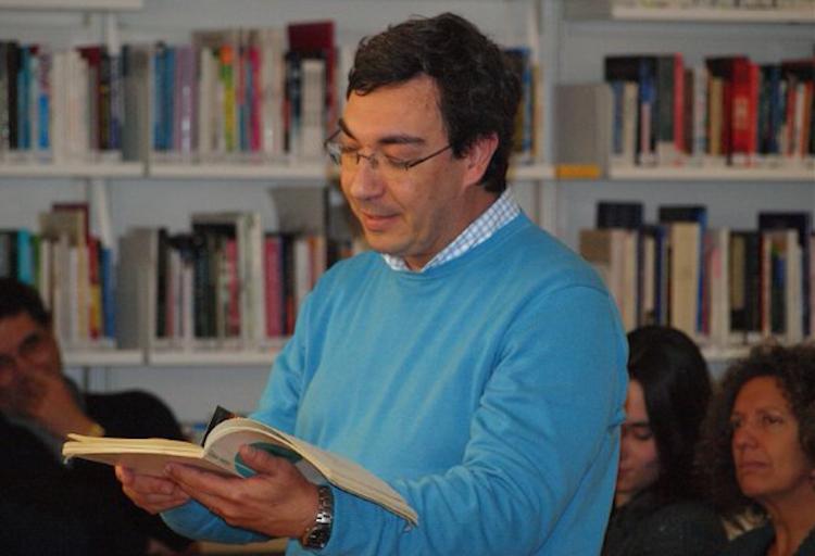 """Jornal Campeão: António Piedade lança livro """"Diálogos com Ciência"""""""