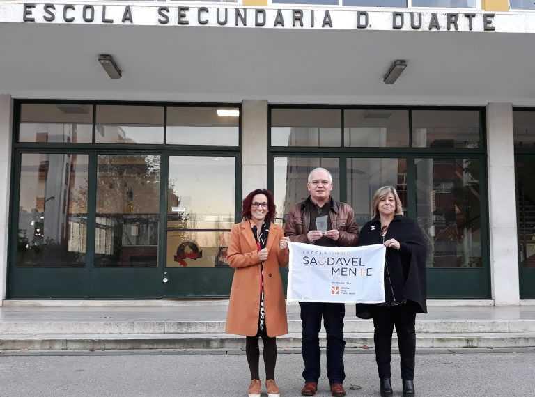 """Jornal Campeão: Agrupamento de Coimbra Oeste galardoado com selo """"Escola SaudávelMente"""""""
