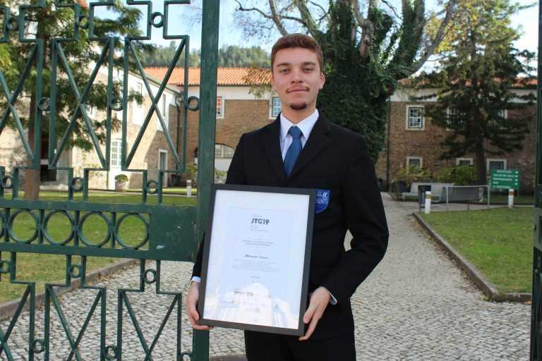 Jornal Campeão: Aluno da Escola de Hotelaria de Coimbra vence concurso de gastronomia