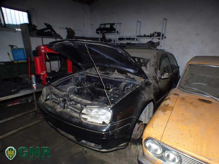 Jornal Campeão: GNR de Poiares recupera numa oficina ilegal um veículo furtado
