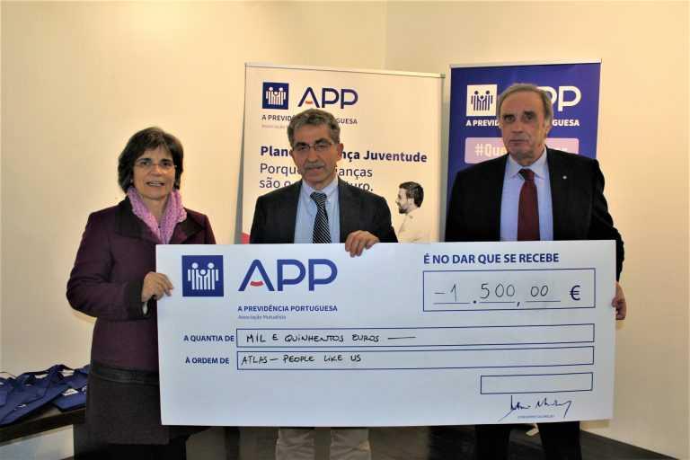 Jornal Campeão: Associação Atlas recebe 1 500 euros de A Previdência Portuguesa