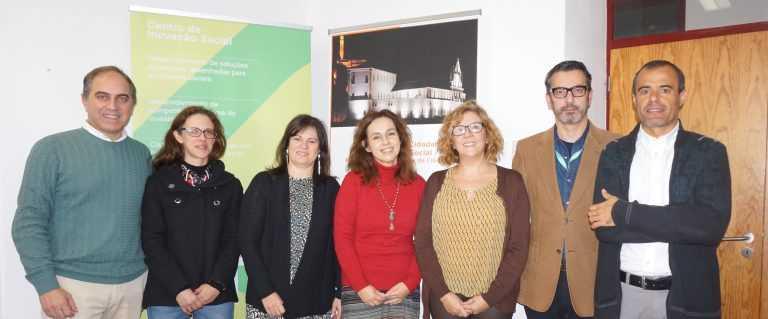 Jornal Campeão: UC desenvolve ferramenta para medir benefícios dos projectos sociais