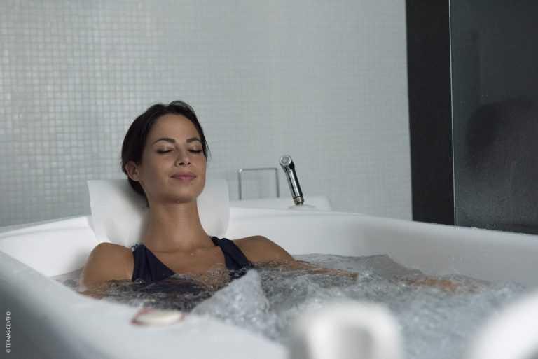 Jornal Campeão: Águas termais do Centro são boas em tratamentos dermatológicos