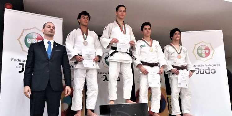 Jornal Campeão: Bernardo Tralhão, da ACM, sagrou-se bicampeão nacional de cadetes