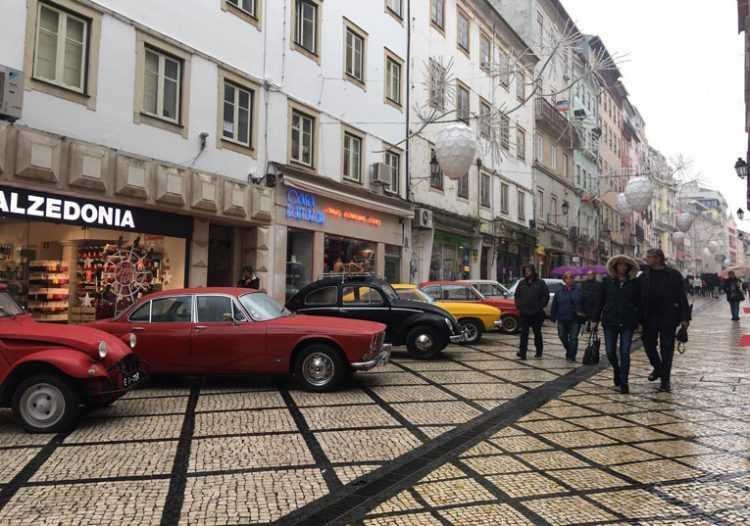 Jornal Campeão: Parada de carros clássicos na 'Baixa' de Coimbra