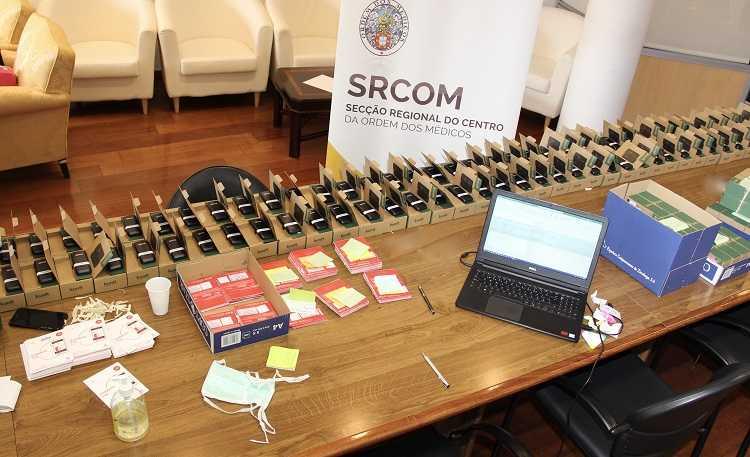 Jornal Campeão: Médicos do Centro entregam equipamentos de comunicação a unidades de saúde
