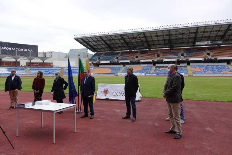 Jornal Campeão: Consignada a reabilitação da pista de atletismo do Estádio de Coimbra