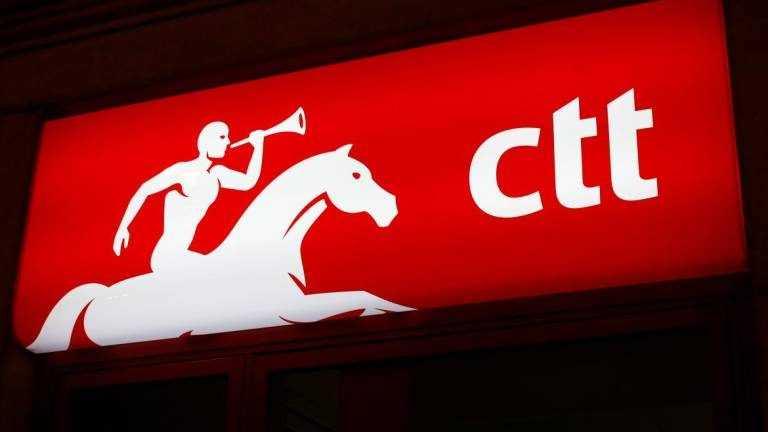 Jornal Campeão: Lojas CTT com horário alargado