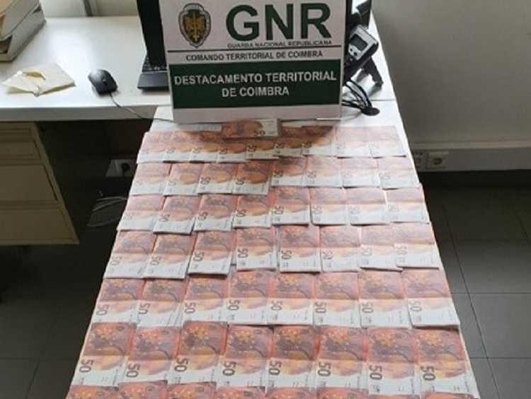 Jornal Campeão: GNR de Condeixa identificou dois menores por passagem de nota falsa