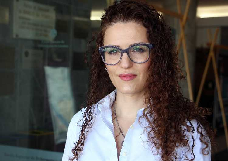 Jornal Campeão: Enfermeira do Hospital Pediátrico e da ESEnfC vence Prémio Europeu de Excelência