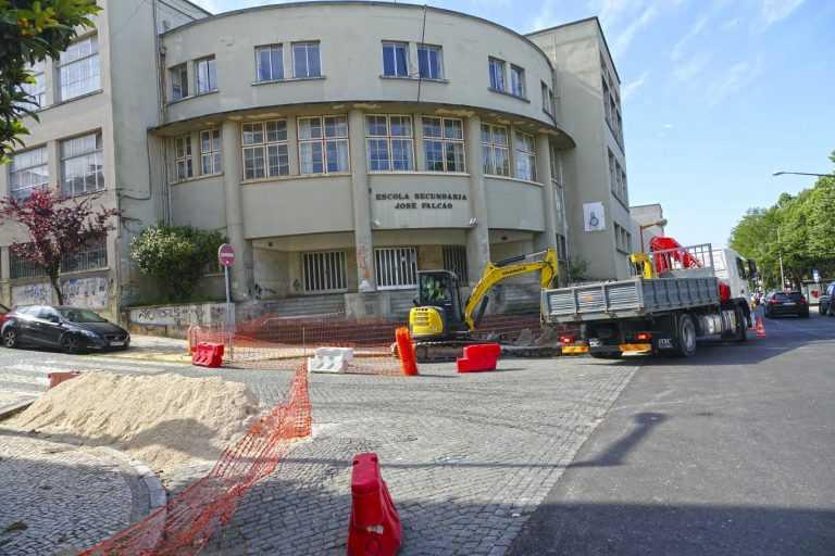 Jornal Campeão: Câmara de Coimbra requalifica passeios de várias ruas já repavimentadas