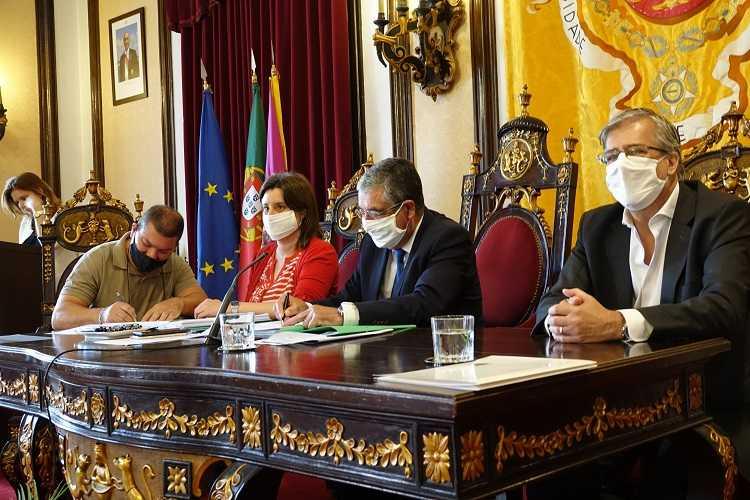 Jornal Campeão: Coimbra: assinados protocolos para reabilitação de infraestruturas desportivas