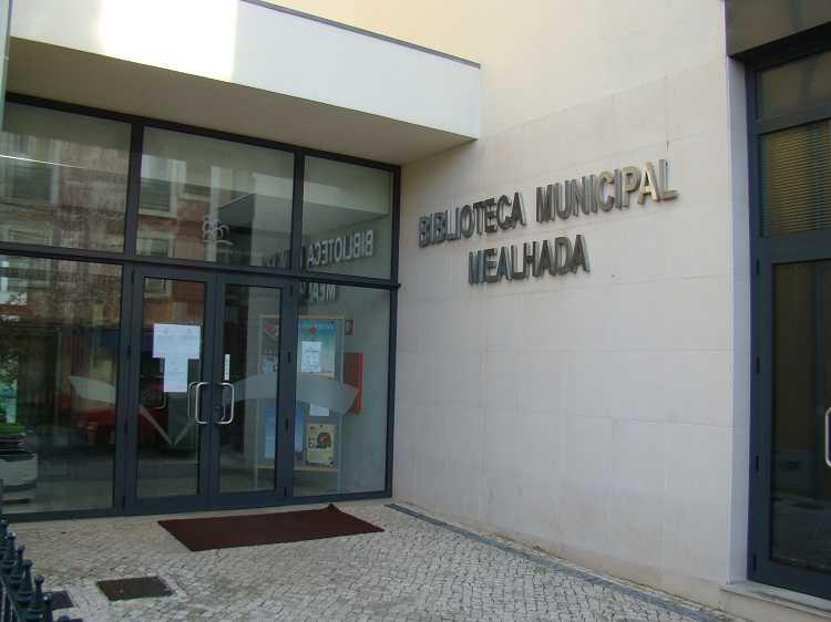 Jornal Campeão: Biblioteca da Mealhada reabre sala de estudo e área informática