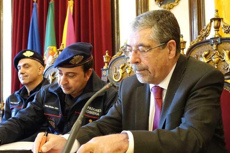 Jornal Campeão: Coimbra abre concurso para reforçar Bombeiros Sapadores