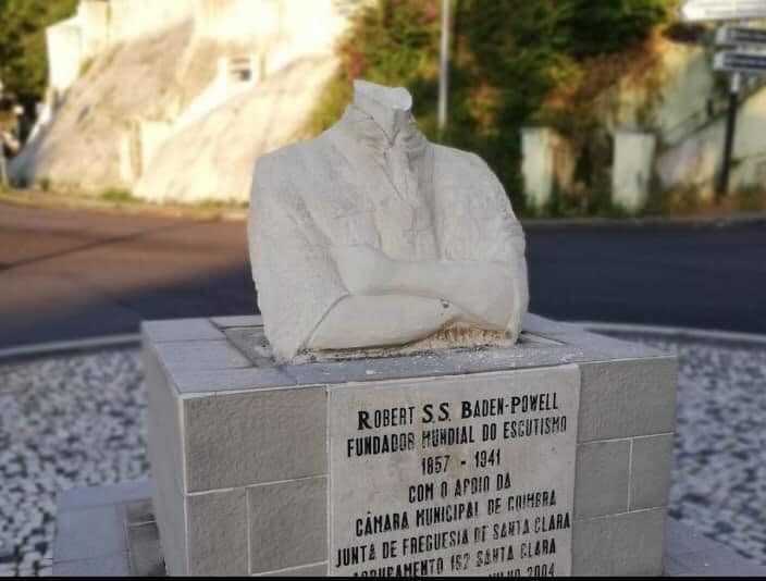Jornal Campeão: Câmara de Coimbra repudia vandalismo e vai repor busto de Baden-Powell
