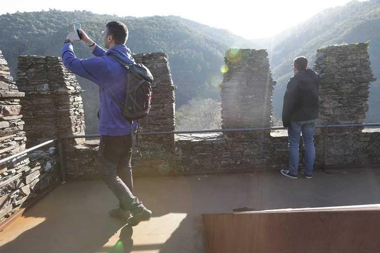 Jornal Campeão: Mais de um milhar de visitantes na reabertura do Castelo da Lousã