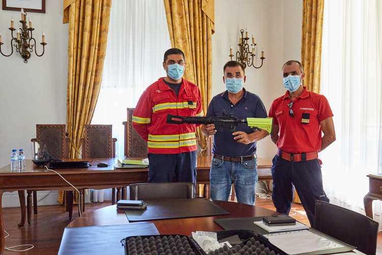 Jornal Campeão: Mealhada adquire arma para eliminar vespa velutina