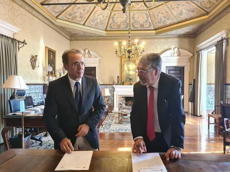 Jornal Campeão: Câmara de Coimbra e Universidade formalizam protocolo de apoio