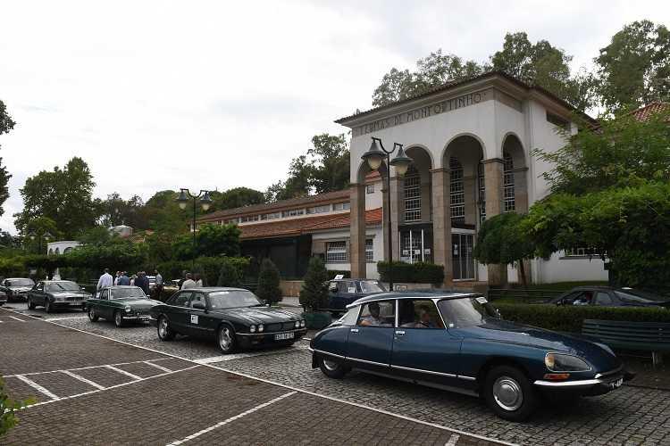 Jornal Campeão: Carros clássicos visitaram termas da região Centro