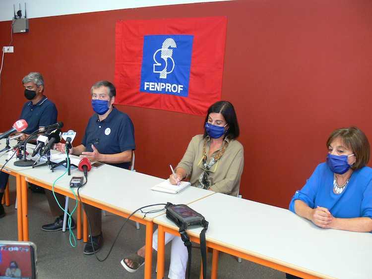 Jornal Campeão: FENPROF diz que não há condições necessárias para a abertura do novo ano lectivo