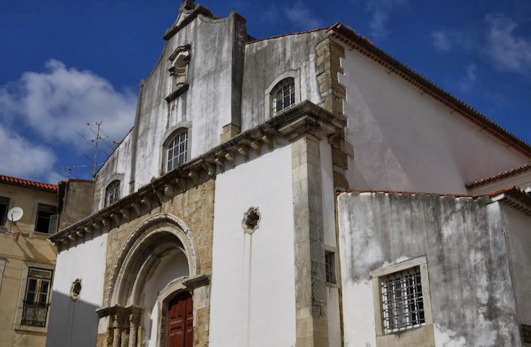 Jornal Campeão: Primeira batalha de poesia de mulheres em Portugal acontece em Coimbra