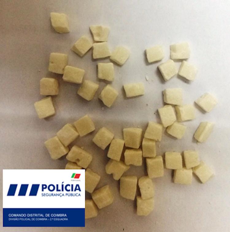 Jornal Campeão: PSP detém jovem de 17 anos na Baixa de Coimbra por tráfico de droga