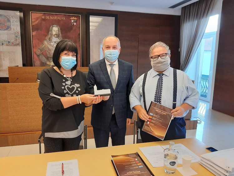 Jornal Campeão: Cantanhede apoia projecto de reanimação do sector cultural face à pandemia