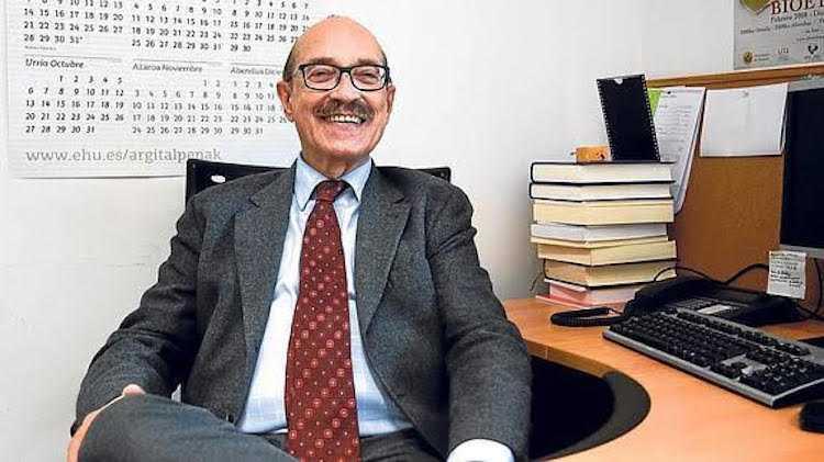 Jornal Campeão: Carlos Romeo Casabona participa em apresentação de livro na FDUC