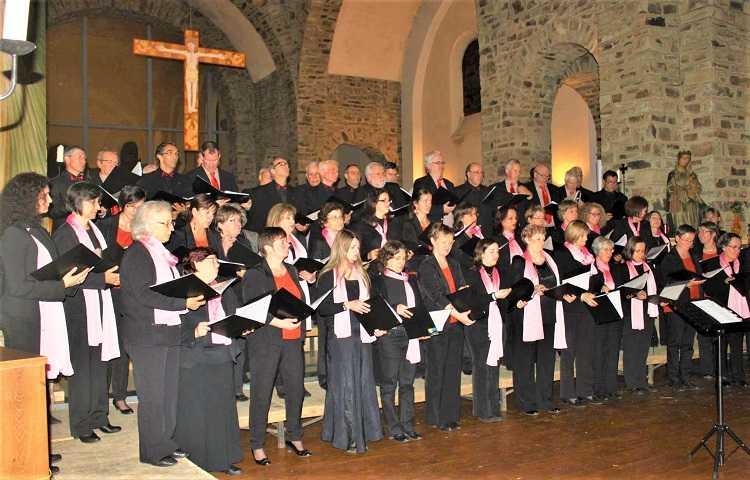 Jornal Campeão: Coro D. Pedro de Cristo lança monografia sobre os seus 50 anos