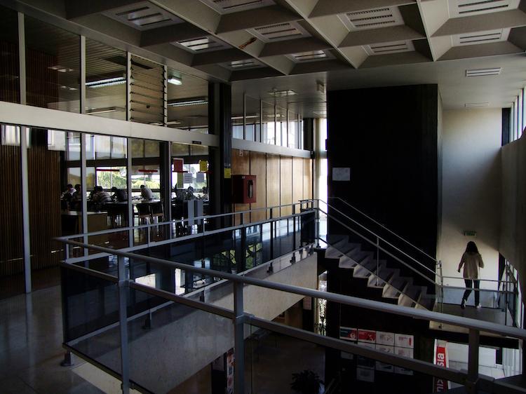 Jornal Campeão: FEUC apresentou publicação periódica sobre a Biblioteca