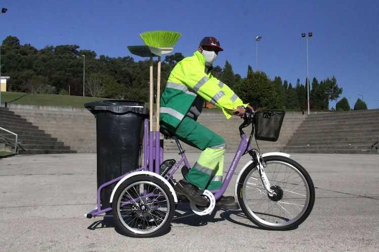 Jornal Campeão: Anadia adquire bicicleta eléctrica para auxílio na limpeza urbana