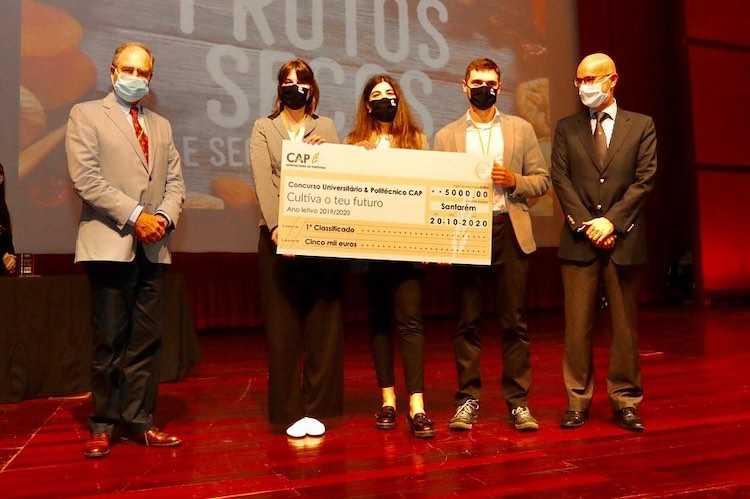 Jornal Campeão: Projecto da ESAC vence concurso universitário dedicado à inovação nos frutos secos