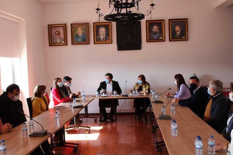 Jornal Campeão: Penacova delega competências para a direcção do Agrupamento de Escolas