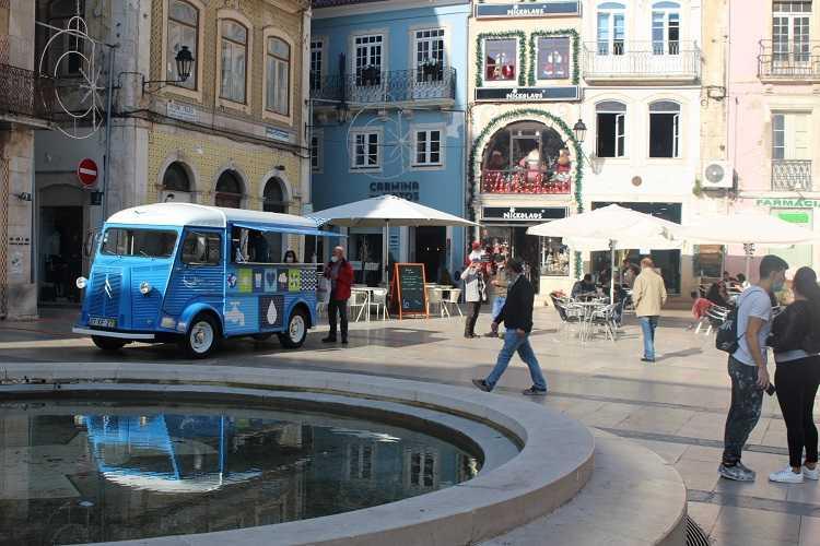 Jornal Campeão: Águas de Coimbra em acção de sensibilização na Baixa de Coimbra