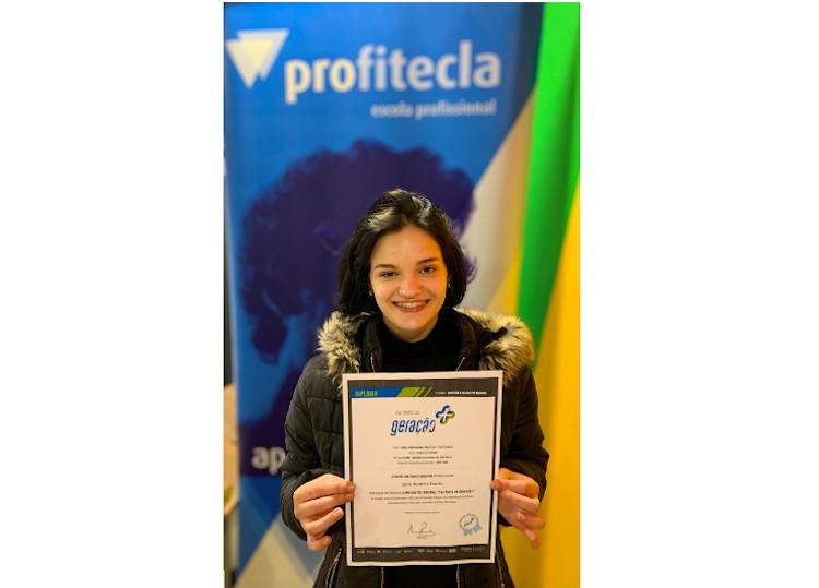 """Jornal Campeão: Aluna da Profitecla de Coimbra vence concurso """"A Melhor PAP Nacional – Geração +"""""""
